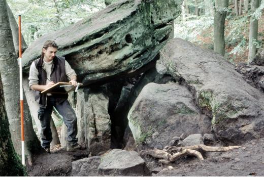 Pseudo-dolmen of Schnellert in Berdorf, neolithic grave (around 2600 B.C.)
