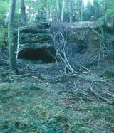 Rock-shelter from Mantzebaach - © Sept. 2001 by J.-P. Stein - SPL